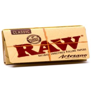 RAW Classic Rolling PapersArtesano King Size Slim + Tips + Tray