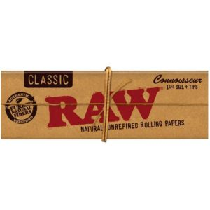 RAW Classic Rolling Papers Connoisseur 1 1/4 + Filter Tips